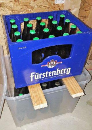 Es wurde tatsächlich noch Bier draus. Ob es nach der Flaschengärung und der Reifung auch schmeckt?