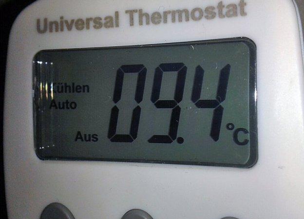 Bei rund 10 Grad blubbert das Pilz 2.0 bei der Hauptgärung. Dafür sorgt der UT200.