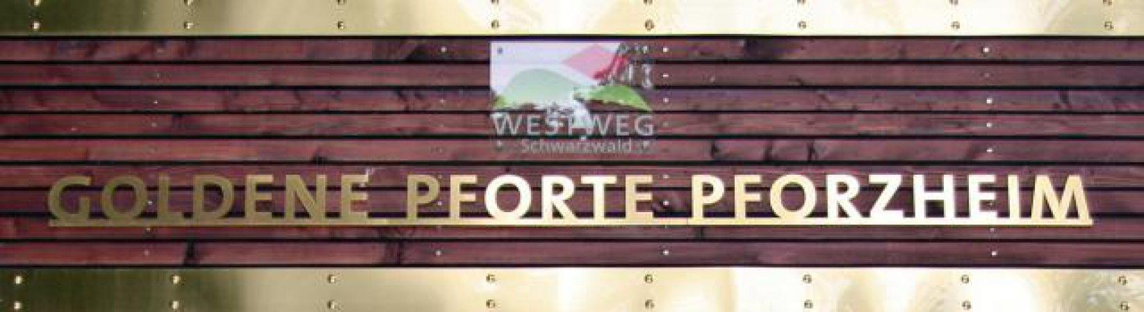 Bei der Goldenen Pforte bei Pforzheim-Kupferhammer beginnt der Westweg