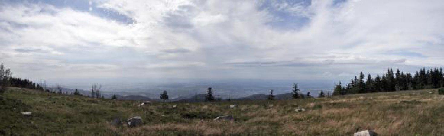 180 Grad Panorama von der Hornisgrinde aus.